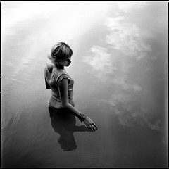 . (Michael Drr) Tags: people blackandwhite 120 6x6 water monochrome square women heaven kodak hasselblad palabra ebonyandivory alarecherchedutempsperdu artlibres fixedshadows globalworldawards