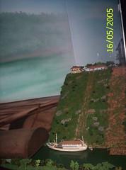 Usina hidroeléctrica de Itaipú: representación de la barranca (♥  evelyn  ♥) Tags: misiones iguazufalls cataratasdeliguazú