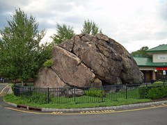 Indian Rock (Morton Fox) Tags: 15fav ny geotagged boulder rockland indianrock suffern erratic geo:lat=41113500 geo:lon=74129050