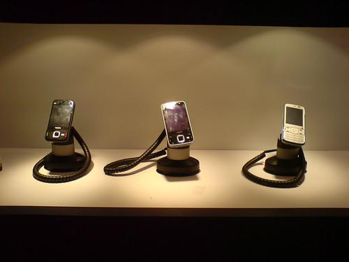 Nokia N96, N85, N79