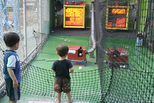 你拍攝的 大魯閣: 兄弟等發球。