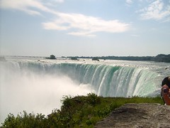 Horseshoe Niagara Falls USA-Canada (Fliker_2000) Tags: show life park city trip travel bridge family blue autumn light sunset party summer portrait sky canada reflection bus texture 120 film colors beautiful beauty fun freedom la funny flickr tour blu picture culture ciudad famly niagara que todo 365 hay este sunrises vacations icono 2007 famiy clic haz etiqueta d300 naturesfinest 50faves 5photosaday 25faves anawesomeshot flickr365 colorphotoaward 1on1photooftheweek theperfectphotographer goldstaraward mallmixstaraward