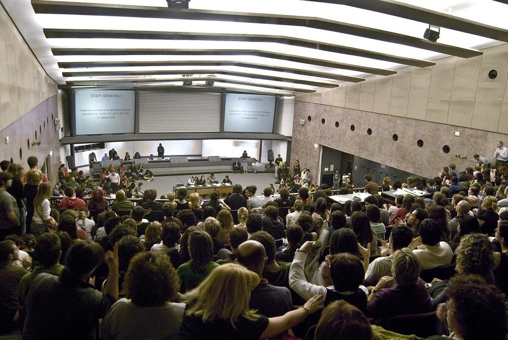 Gli stati generali della Statale di Milano riuniti per discutere della riforma Gelmini