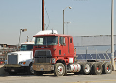 Ford CL9000 (So Cal Metro) Tags: ford truck semi longbeach 9000 tractortrailer freightliner cabover cl9000