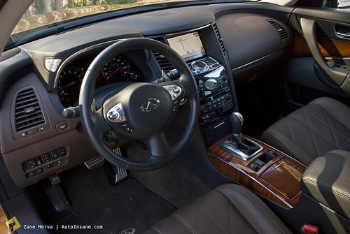 Infiniti FX35 Interior