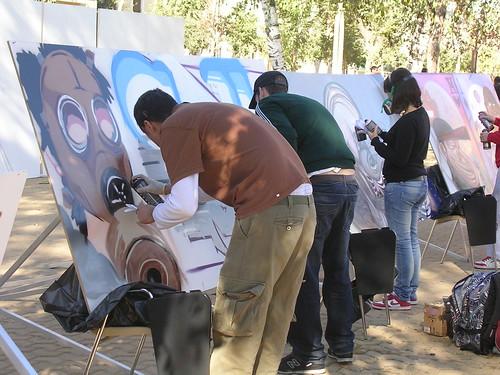 Trío de grafitieros. Grafiti 48