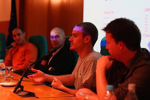 Mesa redonda de emprendedores de la UEM