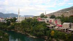 Neretva River and Old Mostar (Alexanyan) Tags: mostar bosnia muslim islam mosque herzegovina mezquita grad hercegovina moschea mosque bosna camii bosnian moschee bosnien xhamia 5photosaday damija     bosnja   mostari