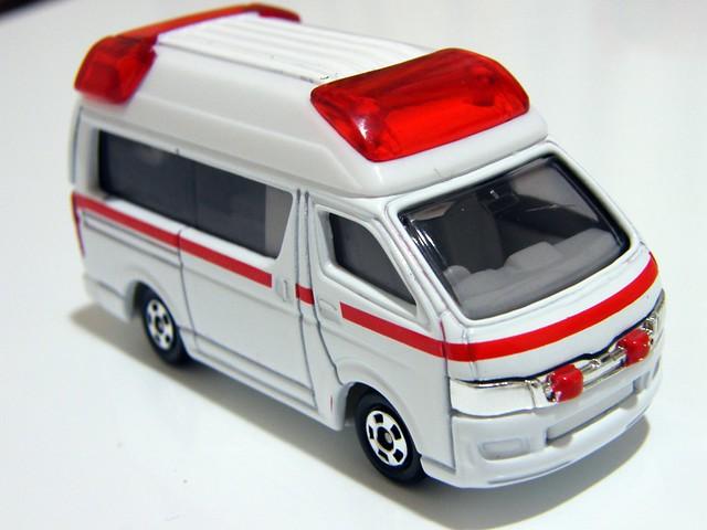 Toyota Himedic - Tomica