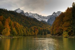 I have been tagged ;-) (Klaus_GAP - taking a timeout) Tags: autumn lake holiday geotagged see herbst scenic tagged garmisch garmischpartenkirchen zugspitze partenkirchen riessersee alpspitze anawesomeshot goldstaraward ihavebeentagged