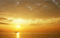 0812_snap-01_009 (cybercynic) Tags: sunrisesunset voigtlandervitessaultron502