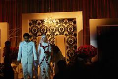 DSC_7377 (Nadzri Muhamad) Tags: wedding 50mm nikon candid putrajaya selangor perkahwinan malaywedding photogarpher d80 persandingan jurugambar jurufoto dewanseriendon