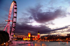 As d sg... (raffyfy  ) Tags: trip pink light london westminster night river nuvole fiume rosa londoneye bigben clocktower explore luci londra viaggio notte tamigi ruotapanoramica lifebeautiful