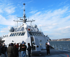 USS Freedom 076492