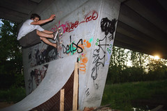 Pierre - Frontside Wallride (TimoT) Tags: bridge wall pilar concrete diy skateboarding pierre secret indy mini tags spot skatepark skate skateboard pont wallride frontside thrasher graffitis pilier béton courbe rampe coping keyway saignée thrasherdiy