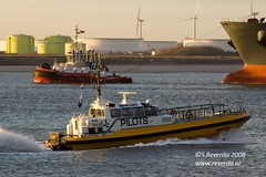 Always busy ! (sjoerd_reverda) Tags: sunset sun station set port boat rotterdam ship view maritime tug shipping rt pilot tender margo