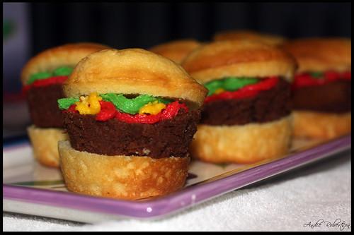 Hamburger Cupcakes #1