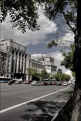 IMG_4282_ (MayoRan) Tags: madrid street sky urban cloud man canon buildings eos spain mayo ran cameraraw nohdr 5dmk2 mayoran
