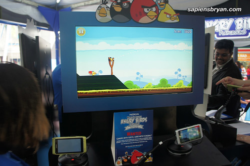 One of the gaming kiosks for people to play Angry Birds on various Nokia devices, like Nokia N8 and X7.