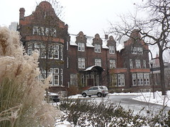 Victoria University Residence (Can Pac Swire) Tags: old winter snow toronto canada architecture universityoftoronto style victoria queenspark classical snowing residence univeristy revival collge jacobean annesleyhall