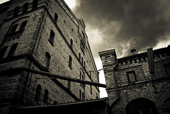 Lyckholms brewery (gothicburg) Tags: brick skies brewery lyckholms
