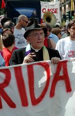 Don Andrea Gallo (rogimmi) Tags: italia milano proteste manifestazione dimostrazione centrisociali prete noglobal antifascismo donandreagallo