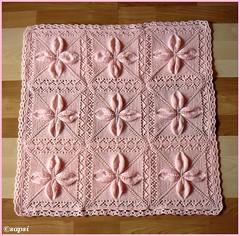 Free Knitting Pattern For Leaf Baby Blanket : Ravelry: Quilt (Square Counterpane with Leaves) pattern by A.M.