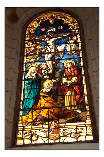 Vidriera en los Jerónimos de Madrid