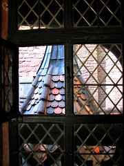 photo - Haut Koenigsbourg (Jassy-50) Tags: roof france castle window tile photo alsace chateau schloss leadedglass vosges hautkœnigsbourg orschwiller sogermanybasel2007