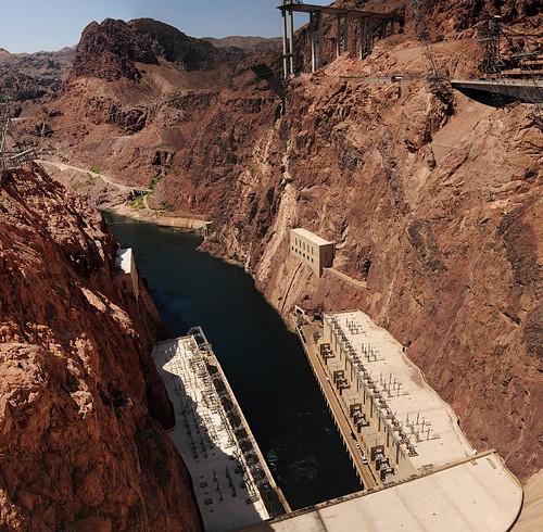 Hoover Dam, Downstream