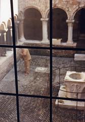 Italy, Venice - sweeper (radargeek) Tags: venice italy brick film window italia quiet kodak oldman courtyard well fave scanned venezia broom advantix sweeping