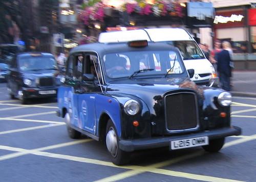 Londonski taxi u Novom Sadu