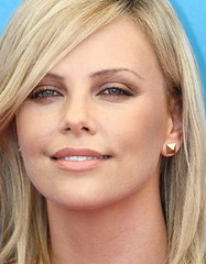 Charlize THERON portrait (detengase) Tags: portrait cinema sexy celebrity film beauty smile female canon movie stars eos glamour kino hollywood actress paparazzi celebrities diva venezia theron mostradelcinema charlizetheron moviestars venicefilmfestival