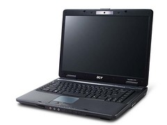 Acer TravelMate 5730 Series by momentimedia