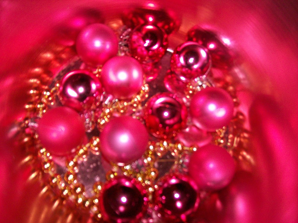 20/365 -  pink christmas decorations