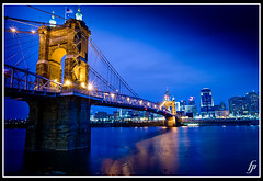 John Roebling Bridge (fensterbme) Tags: nightphotography interestingness personal cincinnati canon5d suspensionbridge johnroebling ohioriver fensterbme lowlightphotography interestingness182 i500 johnaroeblingsuspensionbridge covingtonkentucky fenstermacherphotography explore10nov08