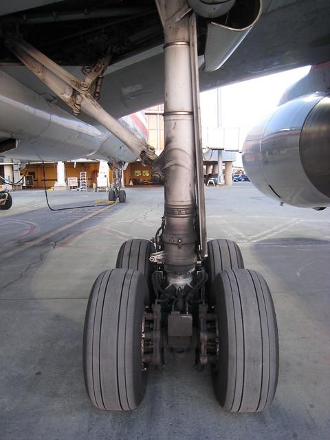 757 Landing Gear