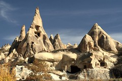 Rock houses and Fairy Chimneys near Goreme, Cappadocia, Turkey (Alaskan Dude) Tags: travel turkey trkiye cappadocia goreme turchia turkei fairychimneys 5photosaday
