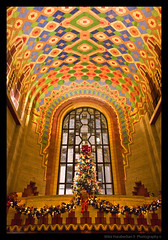 The Guardian Building - Detroit, MI. (MikeRyu) Tags: city winter detail building art colors architecture mi america canon december arch michigan detroit christmastree ceiling christmaslights american historical artdeco 30d 313 detroitmichigan motorcity waynecounty interiorarchitecture guardianbuilding ceilingtiles detroitarchitecture theguardianbuilding canoneos30d canonefs1755mmf28isusm hccity waynecountybuildings expdet121308