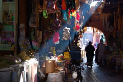 Archway, Marrakech (Colleen M McHugh) Tags: travel light color shopping arch market beam morocco marrakech souk archway souks moroccan
