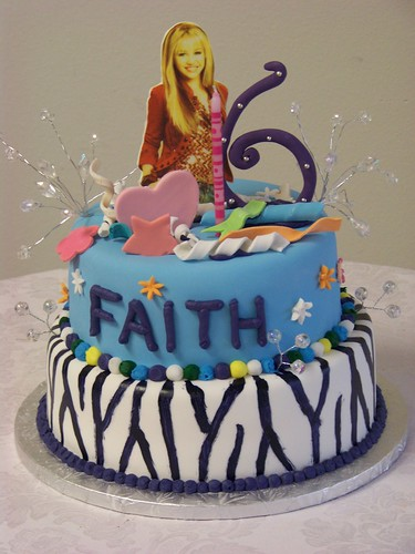 Hannah Montana Wild and Crazy Birthday Cake