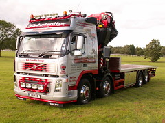 Uttoxeter truck show 2008 (jimmybigcrane) Tags: scania palfinger hiab fassi volvotrucks cranecentre jimmybigcrane andovertrailersandtruckbodies uttoxetertruckshow