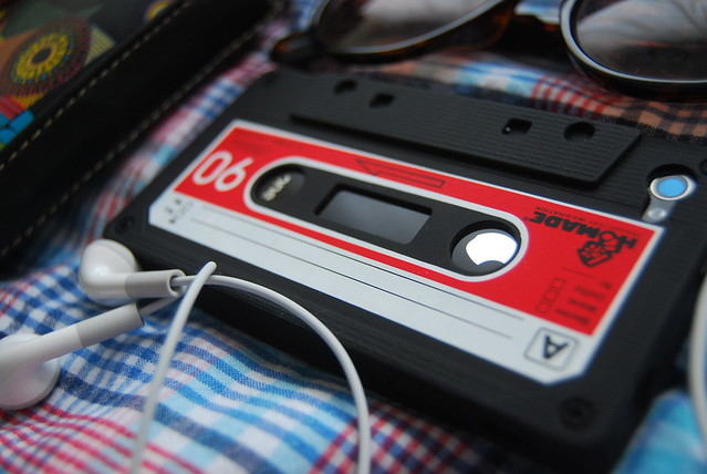 Worlds most beautiful iphone 4 casette case