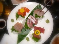 極品綜合刺身Deluxe Sashimi Platter