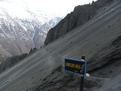 Landslides on the way to Tilicho Tal