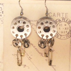Sew In Love Vintage Bobbin Earrings (arieltelsa) Tags: shop vintage sewing craft sew jewelry snap hobby fabric gift earrings etsy seamstress cloth sewingmachine bobbin safetypin fishhook
