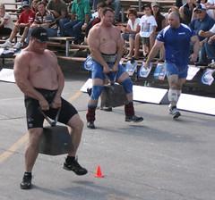 IMG_2217.JPG (Pilou@SF) Tags: force strength strongestman strongman christiansavoie hommesforts strengthathletics strengthathletes papineauville2008 carlfalardeau