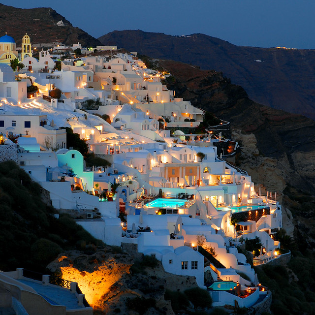 Oia by night (Santorini)
