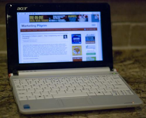 Netbook_Sep162008_0657b.jpg