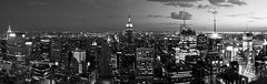 top of the rock (Baptiste Pons) Tags: nyc newyorkcity travel viaje sky bw panorama usa ny newyork blancoynegro skyline architecture night clouds buildings noche arquitectura edificios skyscrapers manhattan rockefellercenter cel bn eua cielo nubes empirestatebuilding empirestate topoftherock nit nuevayork blancinegre rascacielos nvols gratacels panormica eeuu novayork edificis panormica ltytr1